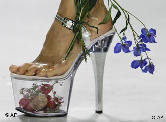 Ich will sie! Wenn Schuhe zum Fetisch werden   Kultur   DW
