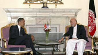 Barack Obama in Afganistan (Barack Obama Hamid Karzai)