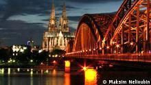 Dom, Köln, Cologne, Kirche, katholisch, Rhein, Nacht, Brücke, Eisenbahn, Eisenbahnbrücke, Rhein. Copyright: Maksim Nelioubin