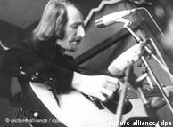"""""""革命""""歌曲家汉纳斯.瓦德尔是瓦尔德艾克城堡音乐节的主力"""