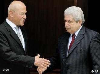 Die Präsidenten Talat und Christofias (Bild: AP)