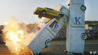 Crash-Stunt. Quelle: ap