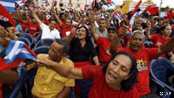 Revolutionsfeier (Quelle: AP)