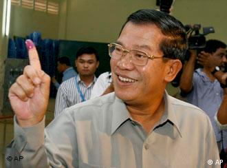 Prime Minister Hun Sen, of ruling Cambodian People's Party after casting his ballot on July 27, 2008