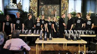 Ligeti, Poéme Symphoniefür 100 Metronome