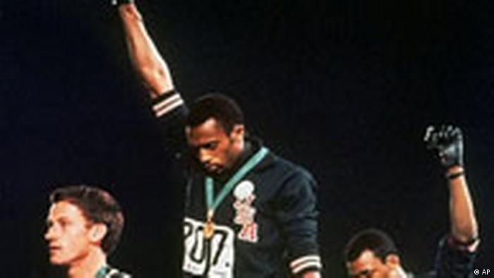 Olympische Spiele Mexiko 1968 Tommie Smith und John Carlos (AP)
