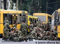 Soldaten (Quelle: DPA)