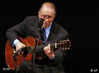 João Gilberto, que completa 80 anos, num show em Nova York