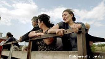 Kriegsrecht in Georgien - Menschen flüchten aus Südossetien