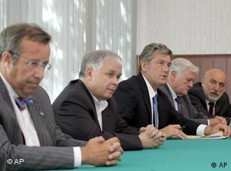 Президенты Эстонии, Польши, Украины, Литвы и премьер-министр Латвии обсуждают кризис в Грузии