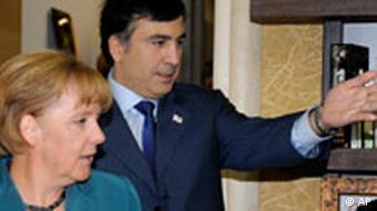 Georgien Angela Merkel besuch den georgischen Präsidenten Saakaschwili