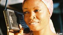 Stammt aber aus unserem DW-eigenen Promo-Material für Learning by Ear. quelle: Katrin Ogunsade 4945