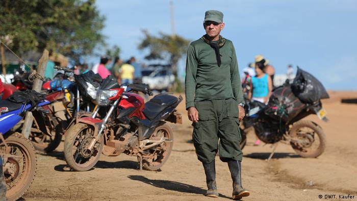 Kolumbien - Impressonen zum FARC-Guerilla Kongress (DW/T. Käufer)