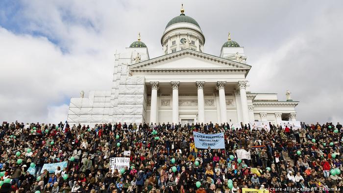 Helsinki Finnland Demonstration gegen Rassismus