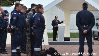 Francois Hollande in Calais