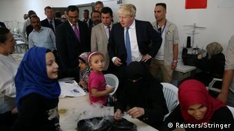 Türkei Britischer Außenminister Boris Johnson besucht Nizip Flüchtlingscamp in Gaziantep Provinz