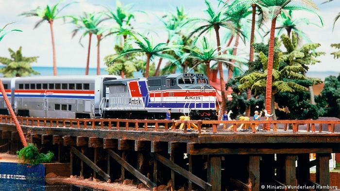 Amtrak train in miniature Key West (Miniatur Wunderland Hamburg)