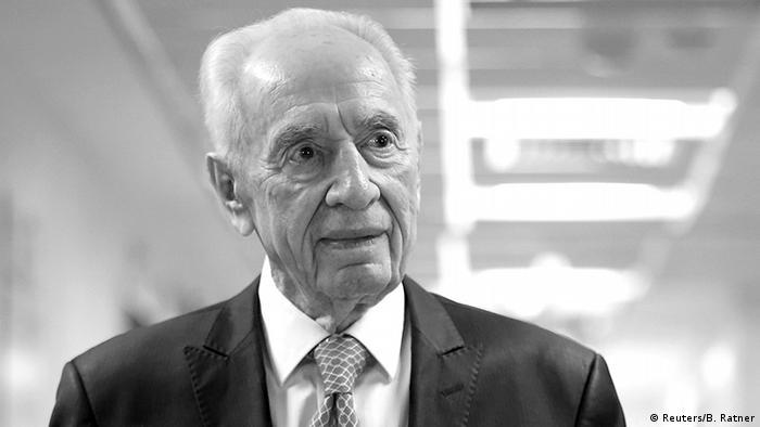 ARCHIVBILD Israel Ehemaliger Israelischer Präsident Peres wurde aus Krankenhaus in Tel Aviv entlassen worden (Reuters/B. Ratner)