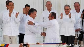 Kolumbien Historisches Friedensabkommen in Cartagena unterzeichnet (Reuters/J. Vizcaino)