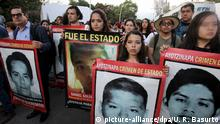 26.09.2016 +++ Hundreds of people take part in a protest during the second anniversary of the disappearance of the 43 Mexican students from the Ayotzinapa Rural Teachers' College, in Guadalajara, Mexico, 26 September 2016. The students were last seen on 26 September 2014 in Iguala, Guerrero State. EPA/ULISES RUIZ BASURTO +++(c) dpa - Bildfunk+++ Copyright: picture-alliance/dpa/U. R. Basurto