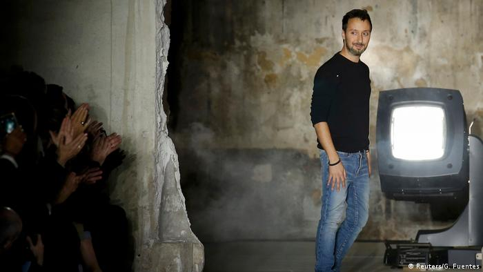 Anthony Vaccarello in Paris (Reuters/G. Fuentes)