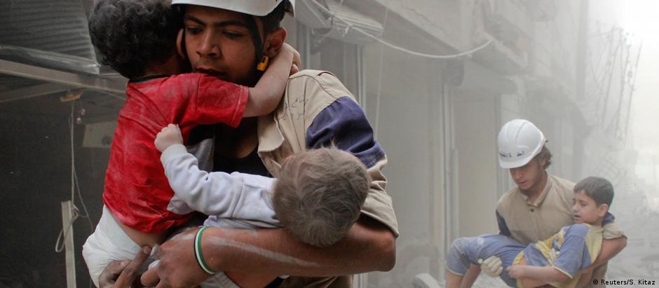 Os capacetes brancos, da Defesa Civil Síria, também estão entre favoritos