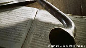 A horn Beethoven used to magnify sound (c) dpa-picture alliance