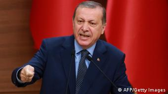Türkei Erdogan bringt Ausweitung des Ausnahmezustands auf ein Jahr ins Spiel