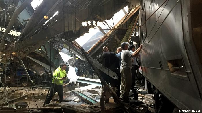USA Zugunfall in Hoboken Terminal New Jersey (Getty Images)