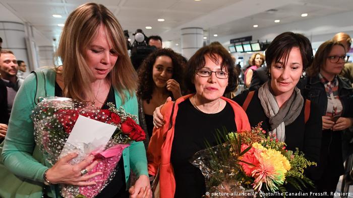 Iran Freilassung Homa Hoodfar (picture-alliance/AP Photo/The Canadian Press/R. Remiorz)