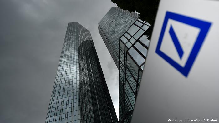 Deutsche Bank Aktie erstmals unter 10 Euro