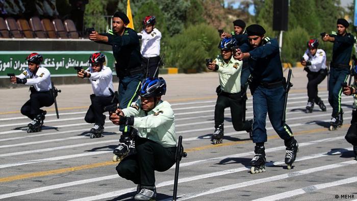 Iran KW39 Polizei (MEHR)
