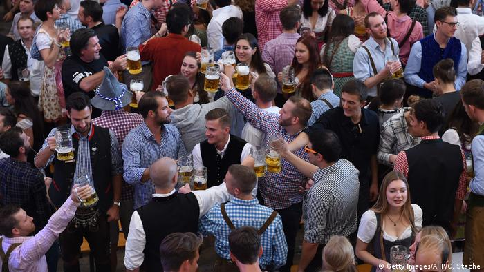 Oktoberfest (Getty Images/AFP/C. Stache)