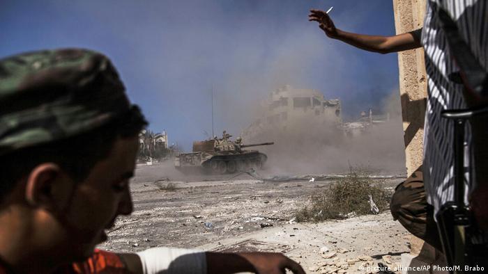 Libyen Symbolbild Gefechte in Sirte