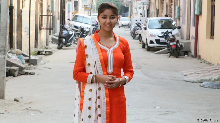 Indien Sängerin Ginni Mahi (DW/A. Andre)