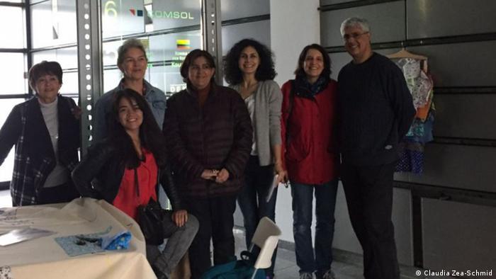 La Embajadora de Colombia ante Alemania, María Lorena Gutiérrez Botero, respaldó activamente la participación ciudadana y la expresión político-artística del crucial momento en su país.