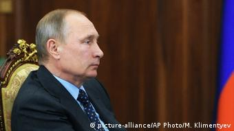 Russland Präsident Putin (picture-alliance/AP Photo/M. Klimentyev)