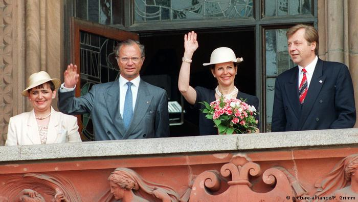 Berlin state visit of the Swedish royals in 1993 (Copyright: picture-alliance/P. Grimm)