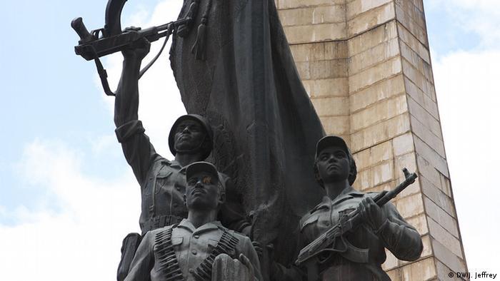 Äthiopien Statue kommunistischer Soldaten ind Addis Abeba (DW/J. Jeffrey)