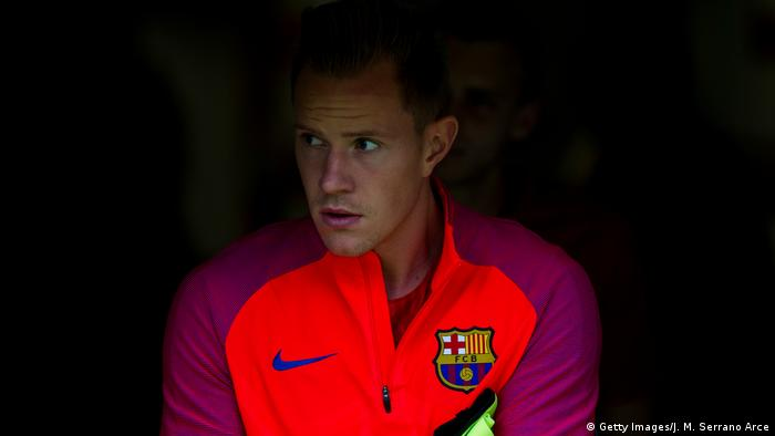 Marc-Andre ter Stegen refuses to change his style in the face of vicious Spanish criticism