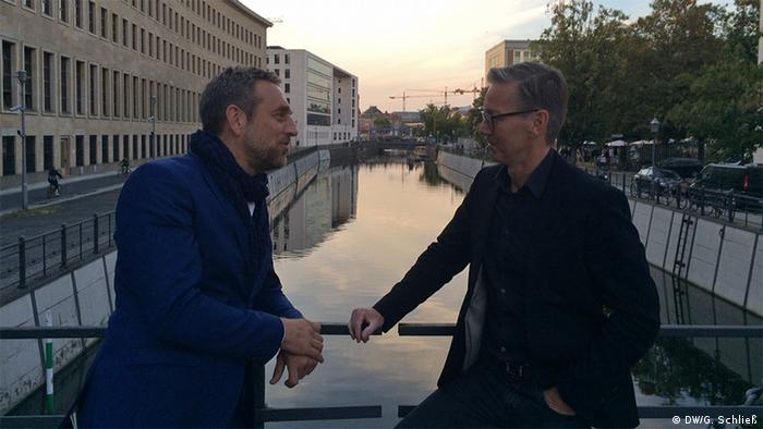 Gero Schliess meet Jan Edler, initiator of the project Flussbad Berlin