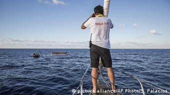 Spanien NGO Proactiva Open Arms (picture alliance/AP Photo/S. Palacios)