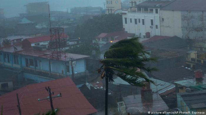 Kuba Hurrikan Matthew (picture-alliance/AP Photo/R. Espinosa)