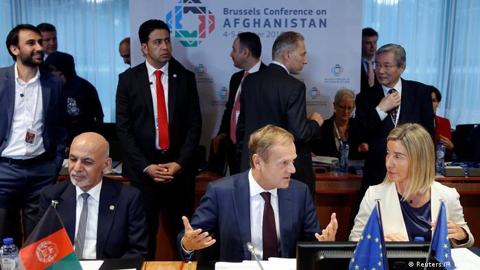 Afghanistan Konferenz in Brüssel Ghani mit Tusk und Mogherini (Reuters./F. Lenoir )