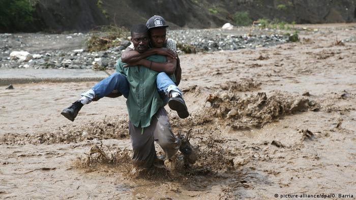 Haiti Hurrikan Matthew Zerstörung (picture-alliance/dpa/O. Barria)