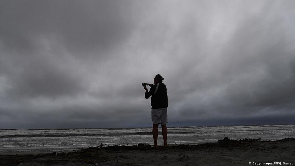 """Крајбрежјето на САД во вонредна состојба поради """"Метју"""""""