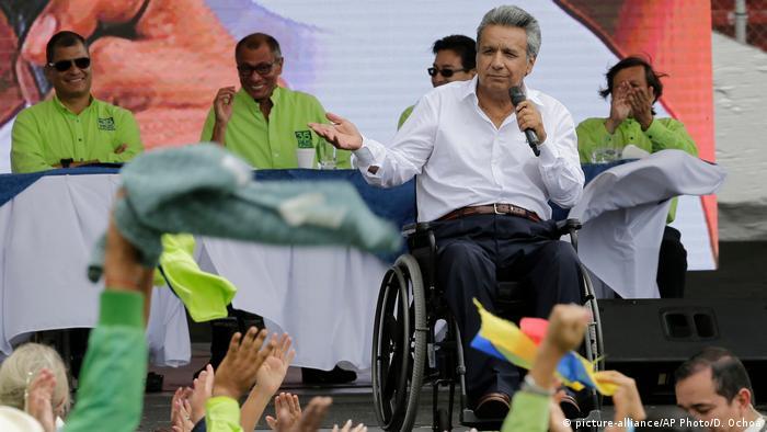 Ecuador Wahlen Lenin Moreno, Präsidentschaftskandidat (picture-alliance/AP Photo/D. Ochoa)