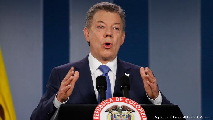 Kolumbien Juan Manuel Santos Präsident Friedensnobelpreisträger 2016 (picture-alliance/AP Photo/F. Vergara)