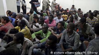 Ägypten Migranten Polizeistation in Rosetta