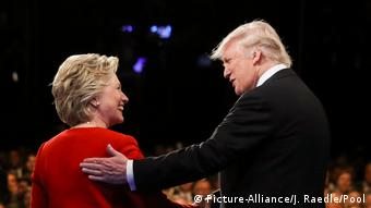 US Präsidentschaft TV Debatte Hillary Clinton und Donald Trump (Picture-Alliance/J. Raedle/Pool)